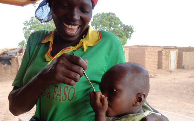 Alimentation de complément à Ouagadougou, © Gret
