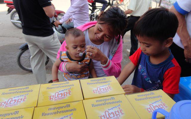 Séance de dégustation au Cambodge ©Gret