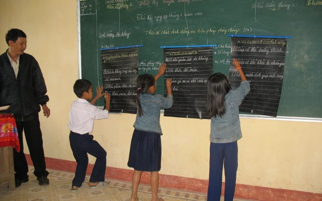 Knowledge competition on nutrition at school in Vietnam ©Gret